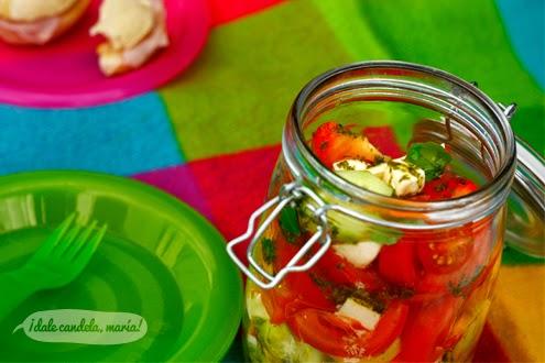 Receta de tomate y pepino con aliño de aceite de albahaca