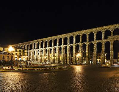 Turismo rural aguilafuente tierra de pinares otra for Segovia oficina de turismo