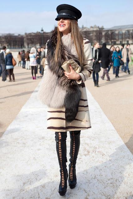 anna_dello_russo_at_Paris_Fashion_week