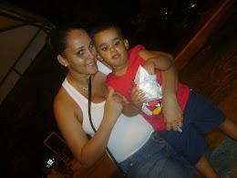 Com Mamãe no meu Niver