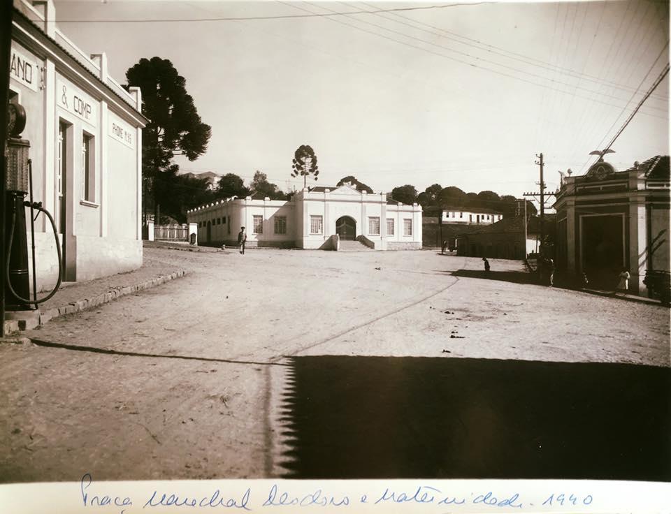 Largo Marechal Deodoro, Policlinica Maternidade, Posto Giordano, Casa Comercio Raso 1940