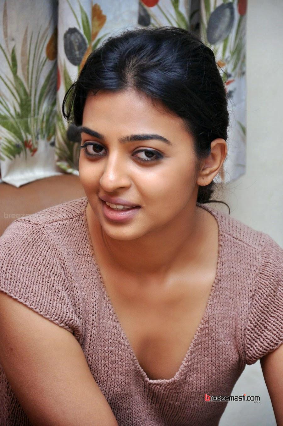 sexy naked tamil actress kissing