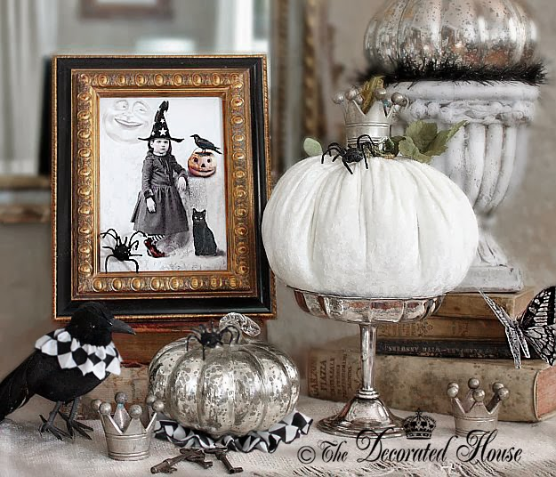 The Decorated House: ~ Halloween Decorating  Black White - Black Halloween Decorations