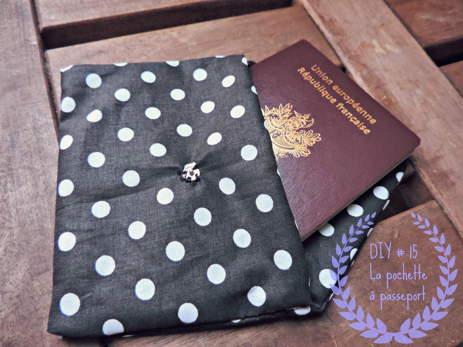 http://mynameisgeorges.blogspot.com/2014/07/diy-15-une-jolie-pochette-pour-mon.html