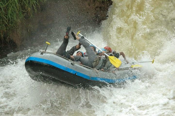 Wisata Rafting di Kesembon Malang