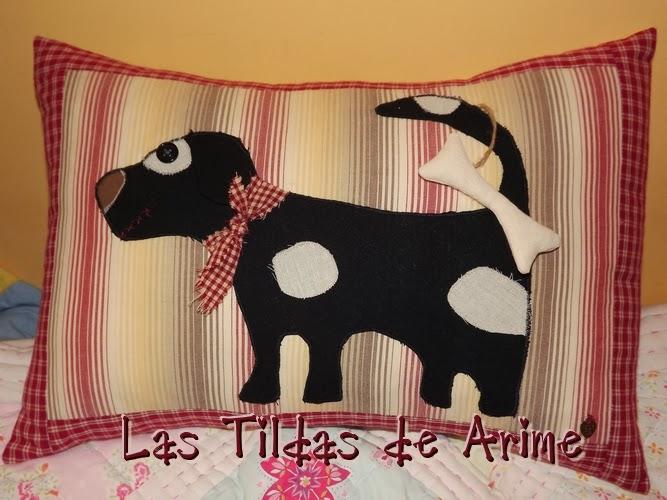 Las tildas de arime mimos cuervos crow primitive girasoles y almohada perro country - Almohada mimos ...