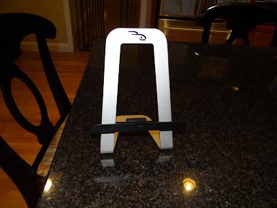 Review: Rocketfish Advanced Series IPAD stand; Rocketfish PadPivot