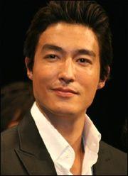 Biodata Daniel Henney pemeran Dr. Henry Kim