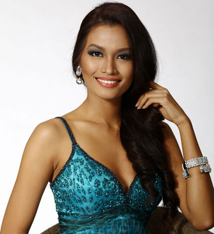 Stand out Filipina beauty: Janine Tugonon for Miss Universe 2012