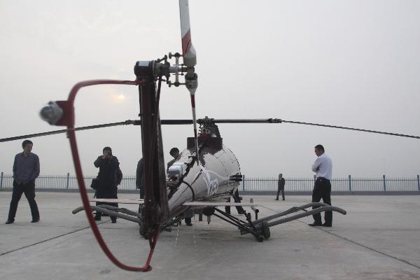 http://1.bp.blogspot.com/-rrNmz4CHeGg/TcbfA75BX6I/AAAAAAAACF0/j_BSuvScpZ4/s1600/Chinese_V750+Pilotless+Helicopter+UAV_2.jpg
