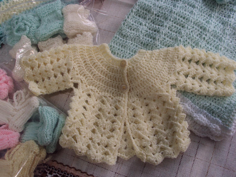 Hobby lavori femminili ricamo uncinetto maglia - Punto a punto per i bambini di 3 anni ...