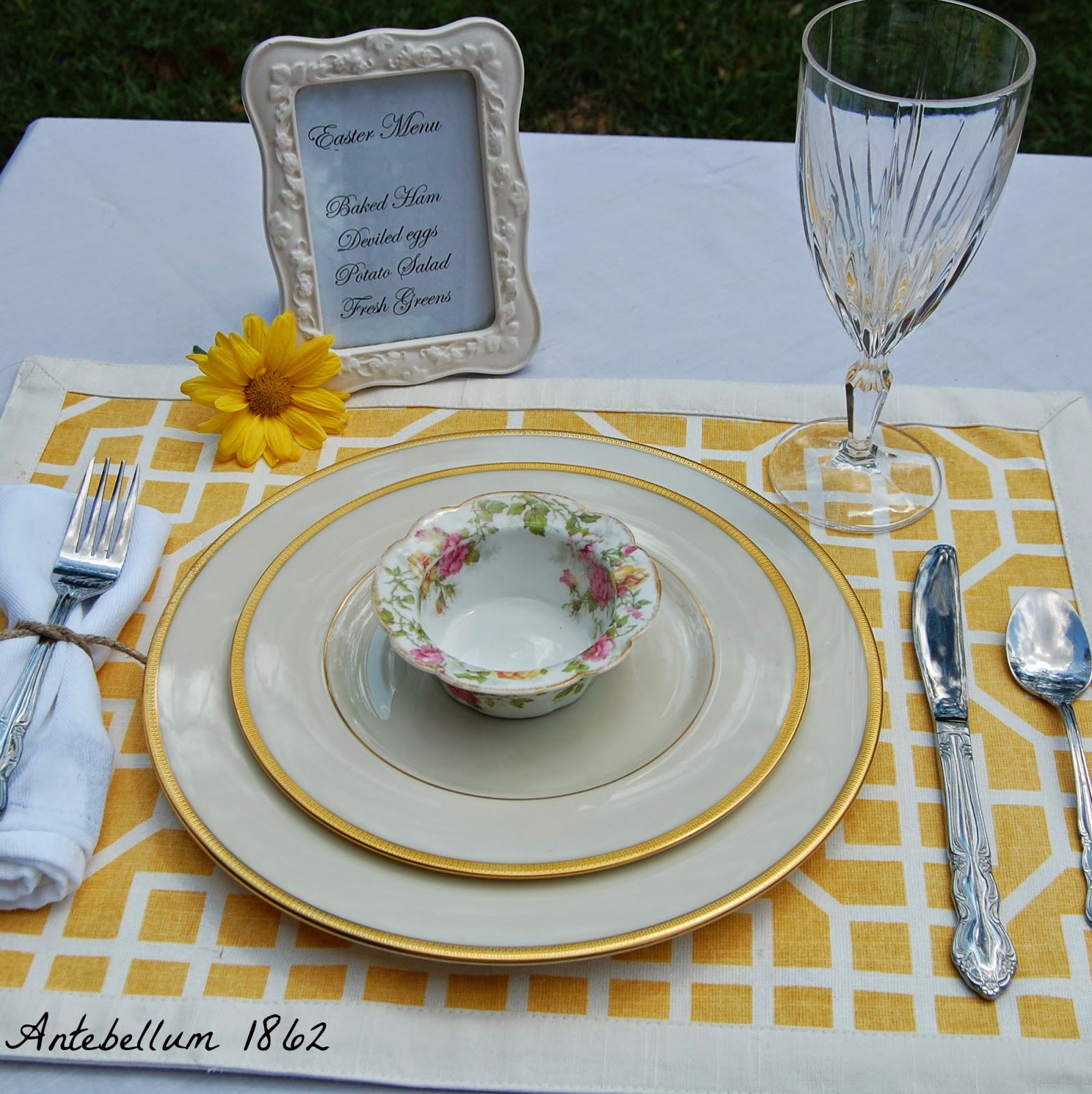 Different frames at each place setting is very southern. It makes each place setting special. & Antebellum 1862: How to Create Simple Table Settings for Easter
