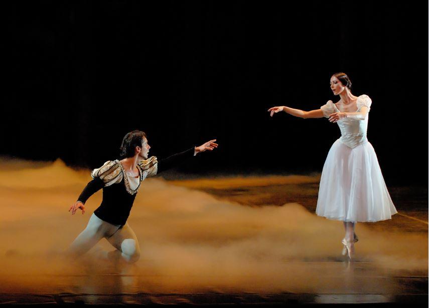 Adolphe Adam: Giselle (Opéra National de Bordeaux, 2011)