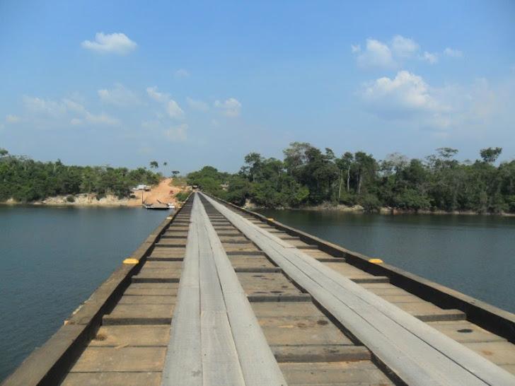 A maior ponte de madeira da América latina