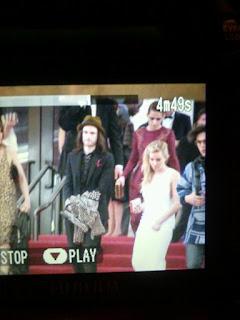 Kristen Stewart - Imagenes/Videos de Paparazzi / Estudio/ Eventos etc. - Página 31 BJoqLS2CQAAOVOk