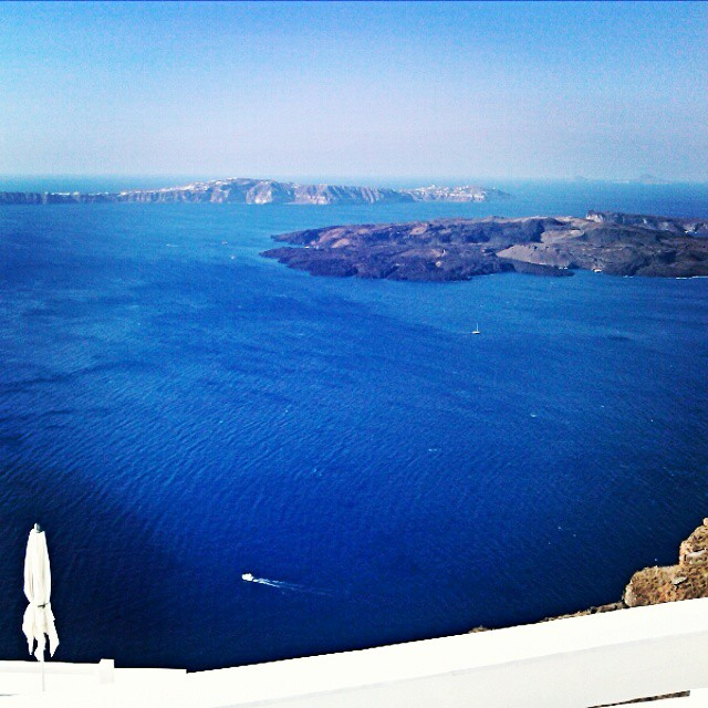 Santorini Instagram @lelazivanovic. Aqua luxury suites, view from the executive suite (Imerovigli, Santorini).