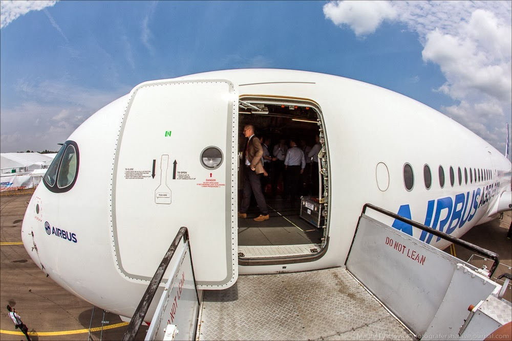 A350 XWB cargo doors developed by Eurocopter- Deutschland but manufactured in Korea. & A350 XWB News: A350 XWB cargo doors developed by Eurocopter ...