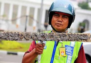 Polisi Razia Paku