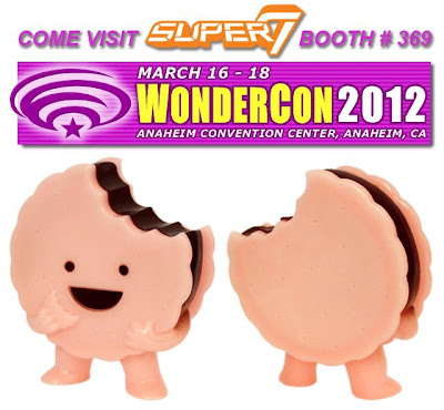 WonderCon 2012 Exclusive Pink Glow in the Dark Strawberry Caramel Delight Foster Vinyl Figure by Super7