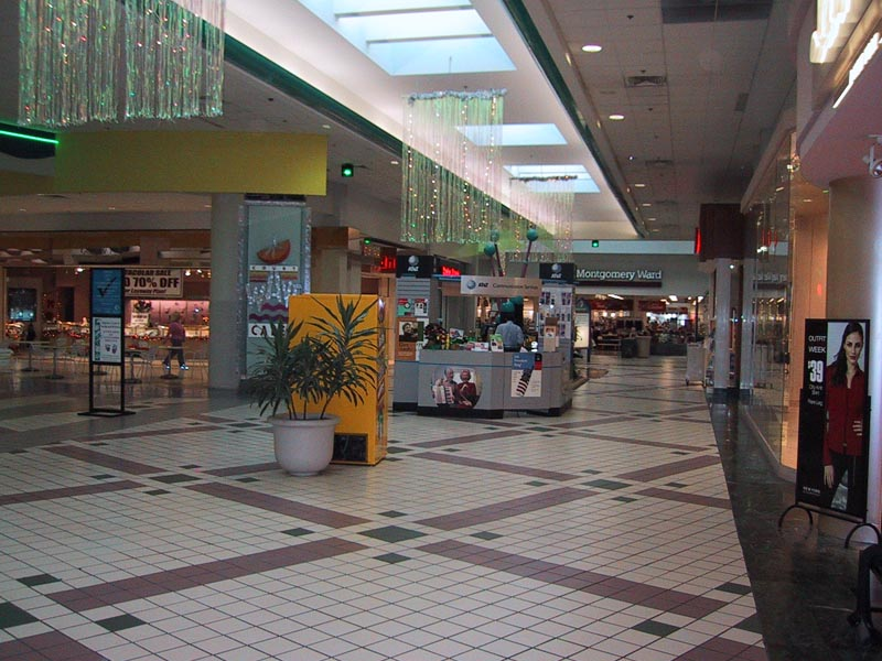 Sky City: Southern and Mid-Atlantic Retail History: Clearwater Mall: Clearwater, FL