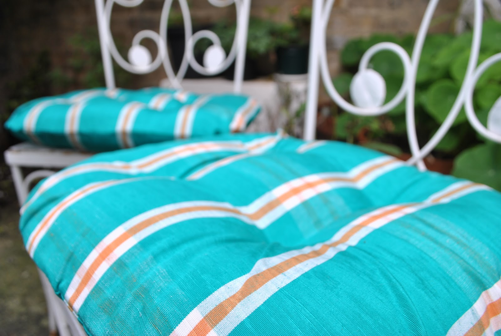 knicker elastic fantastic diy project outdoor cushion covers