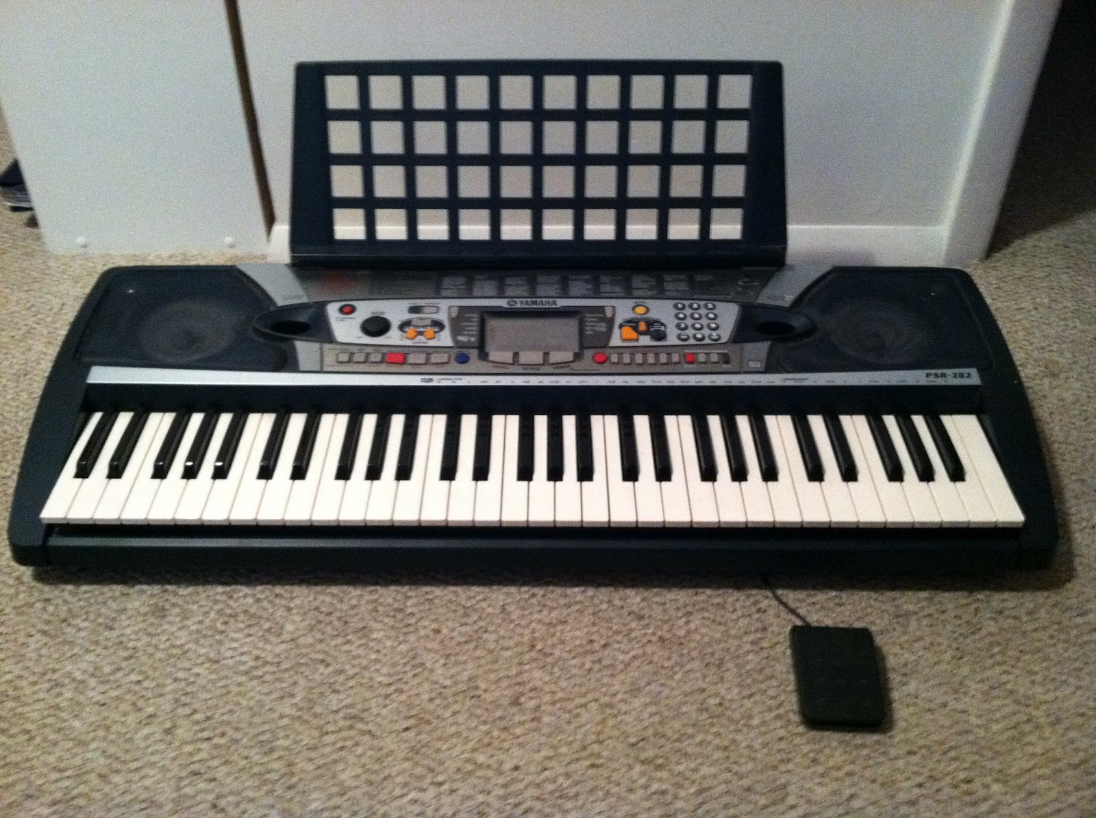 wanna buy our stuff sold yamaha portable keyboard 65 obo rh risandtevansellstuff blogspot com Portable Yamaha Keyboards PSR-282 Yamaha PSR 280