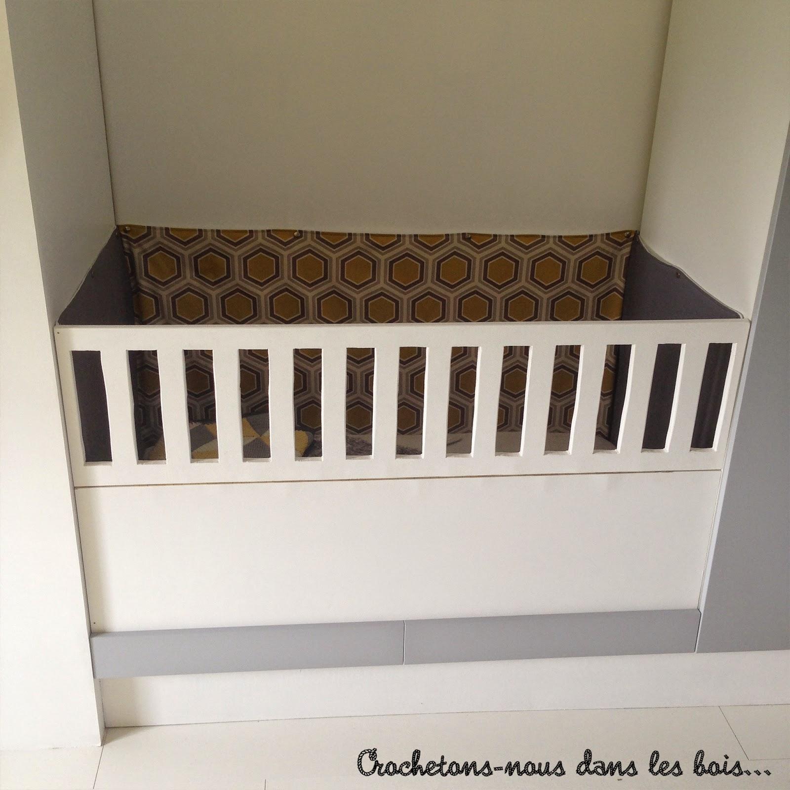 Un tour de lit sur mesure pour baby boy crochetons nous dans les bois - Mesure d un lit 2 places ...