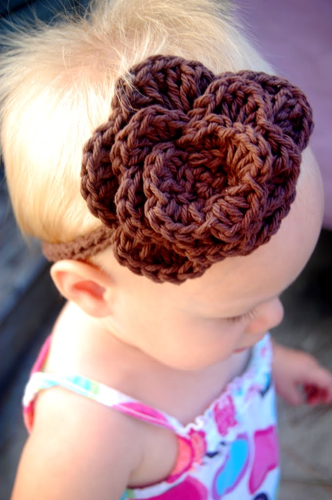Crochet Tutorial Headband : Homemade Saturdays: Crochet Headband: Tutorial