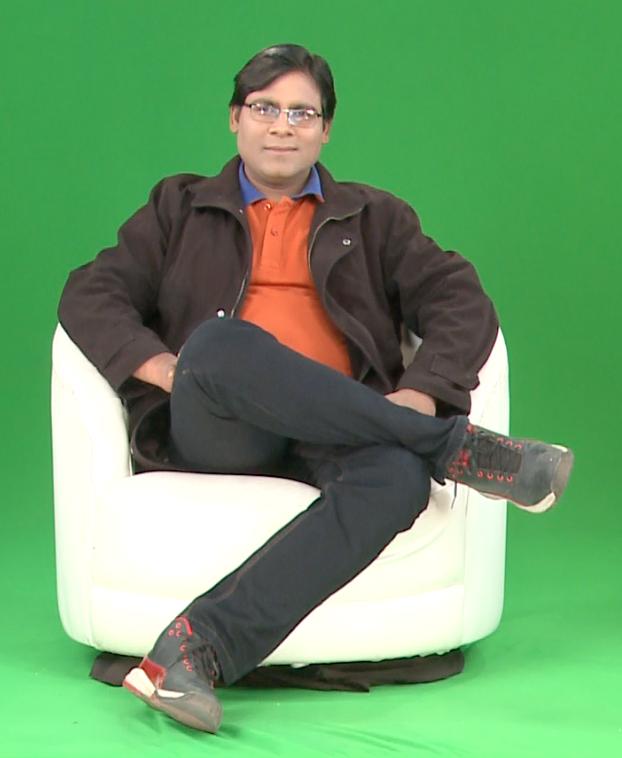 Anchor Manoj Bhawuk
