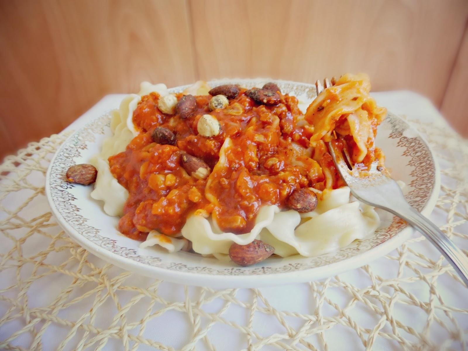 http://www.experimentando-enla-cocina.blogspot.com.es/2013/10/mafaldine-al-toque-borges.html