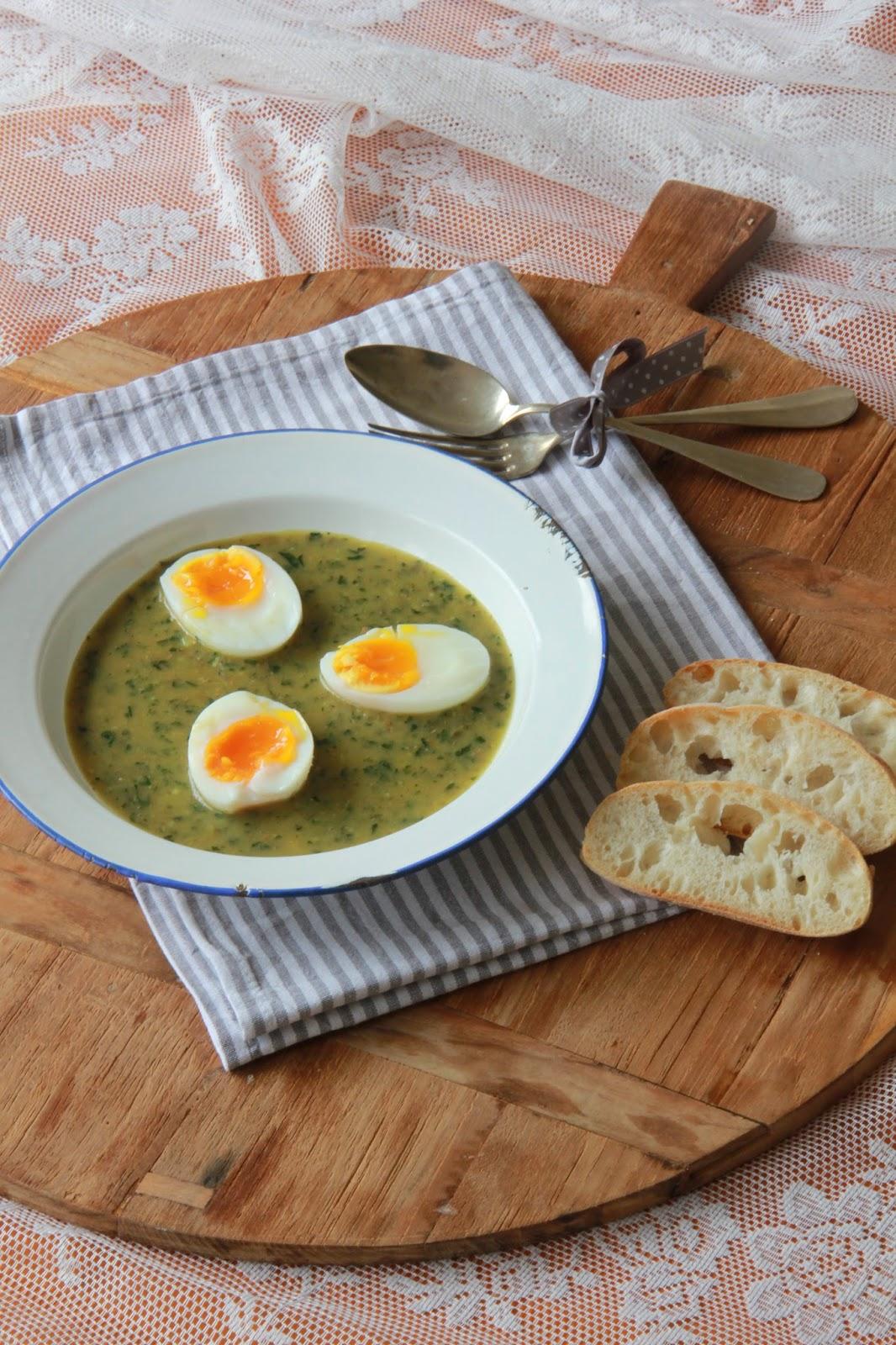 Paasbrunch - zacht gekookte eieren met salsa verde - www.desmaakvancecile.com