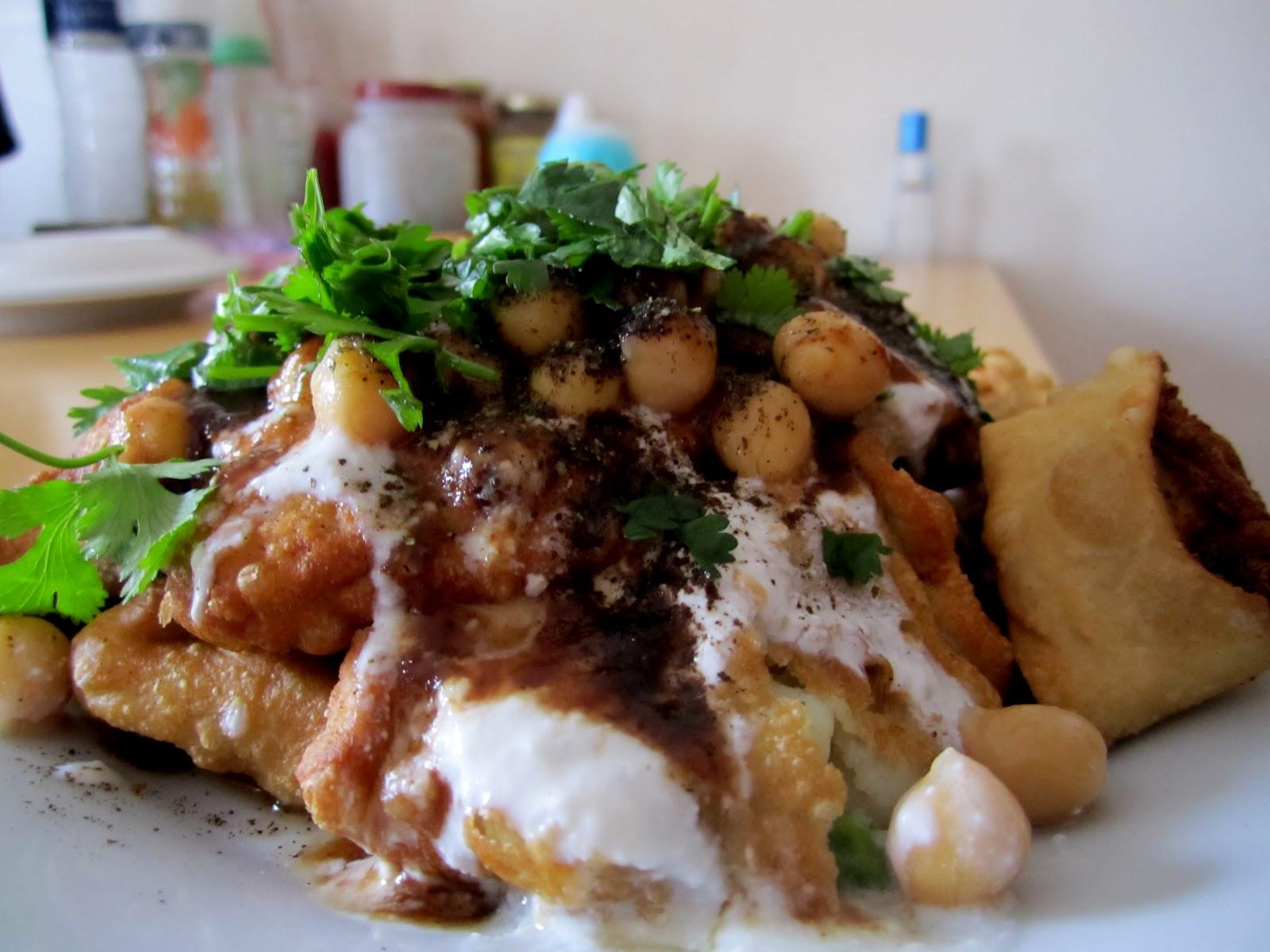 Payal's Cafe: Samosa Chaat