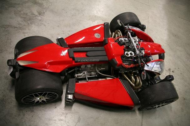 motos e Lazareth Wazuma V8F