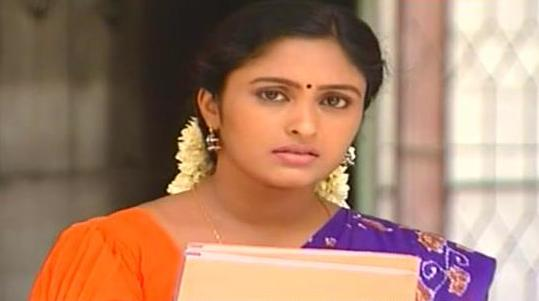 of Sreeja Chandran - TV actress starring Saravanan meenakshi serial
