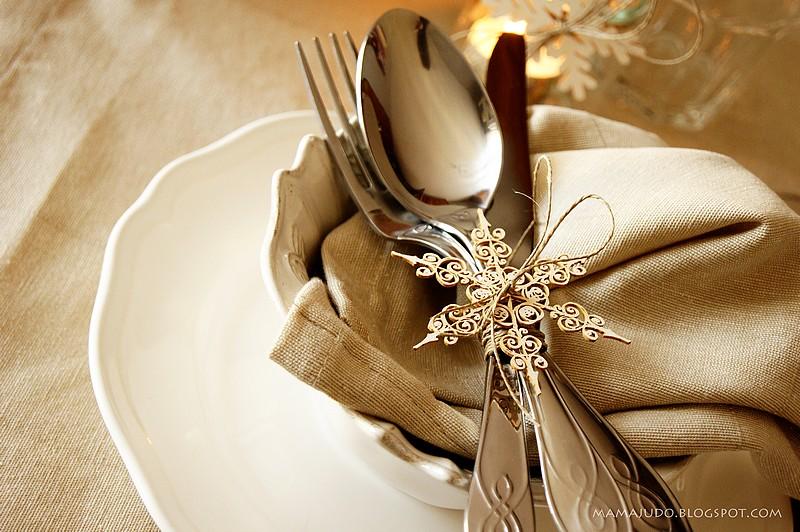 Pracownia wycinanki dekoracja wi tecznego sto u for Ar 11 6 table 6 2