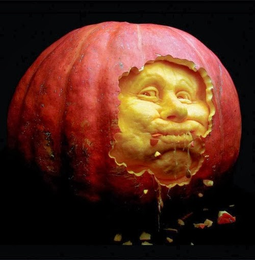 11-Halloween-The-Pumpkins-Villafane-Studios-Ray-Villafane-Sculpting-www-designstack-co