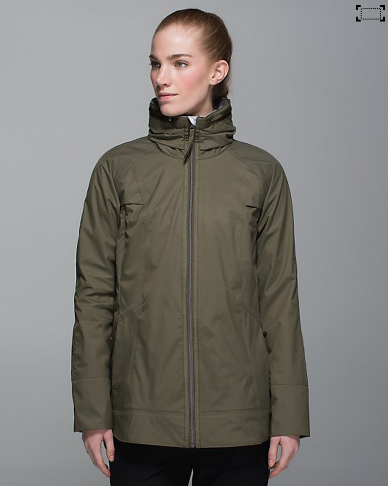 http://www.anrdoezrs.net/links/7680158/type/dlg/http://shop.lululemon.com/products/clothes-accessories/women-outerwear/Fo-Drizzle-Jacket?cc=8903&skuId=3530598&catId=women-outerwear