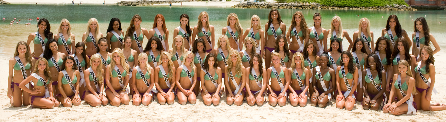 Photo of Miss Teen USA 2011 contestants in swimsuit