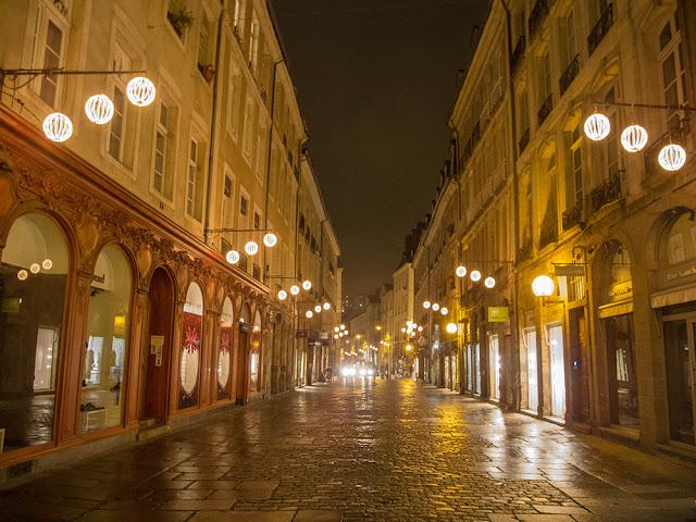 blog Rennes la paillette décorations Noel guirlandes lumineuses centre