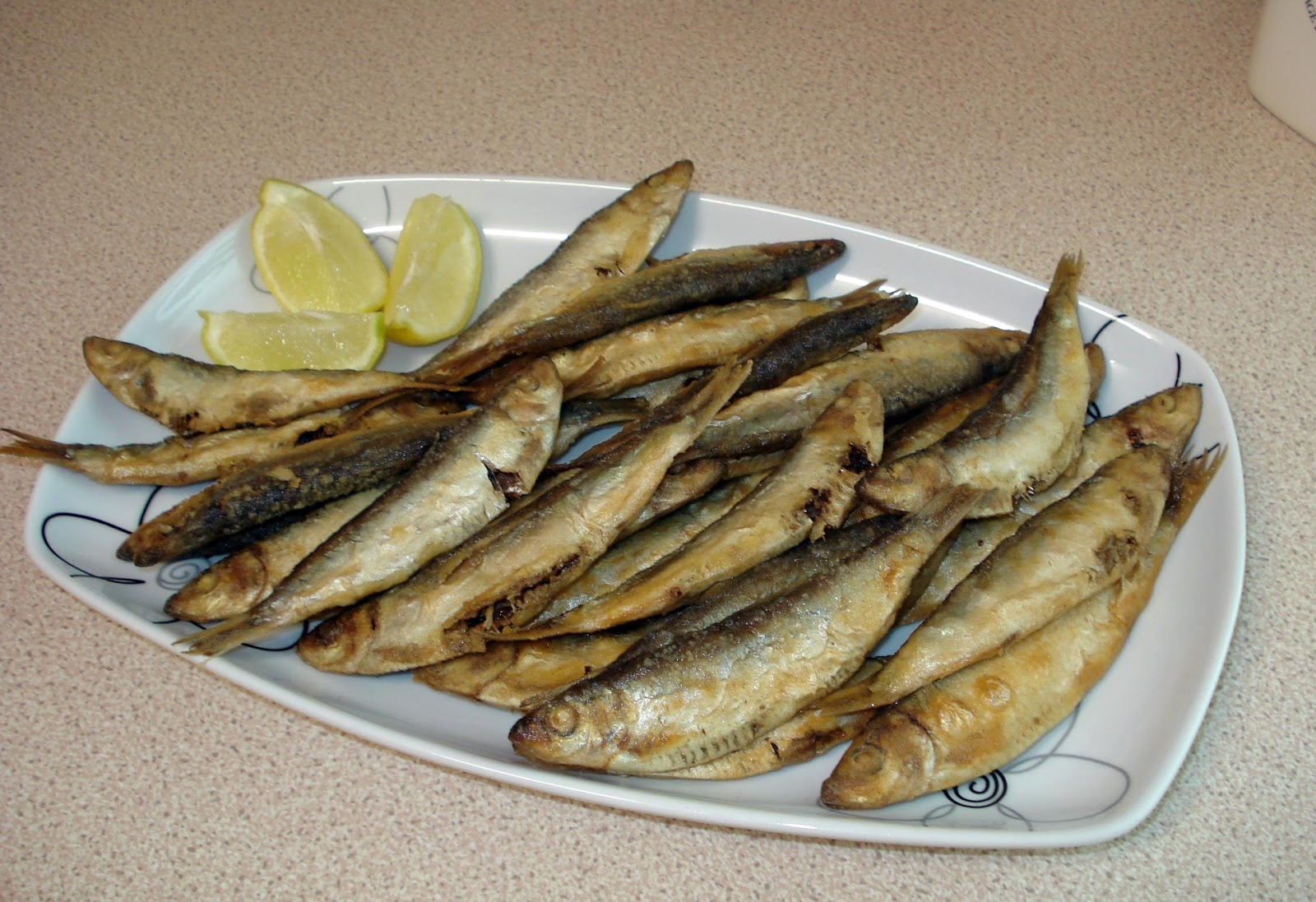 Fried sprats homemade tapas for What is the best oil to fry fish in