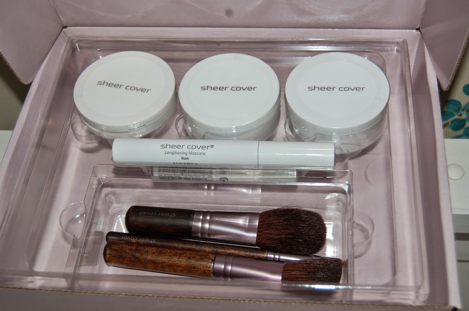 Sheer Cover Studio Introductory Kit
