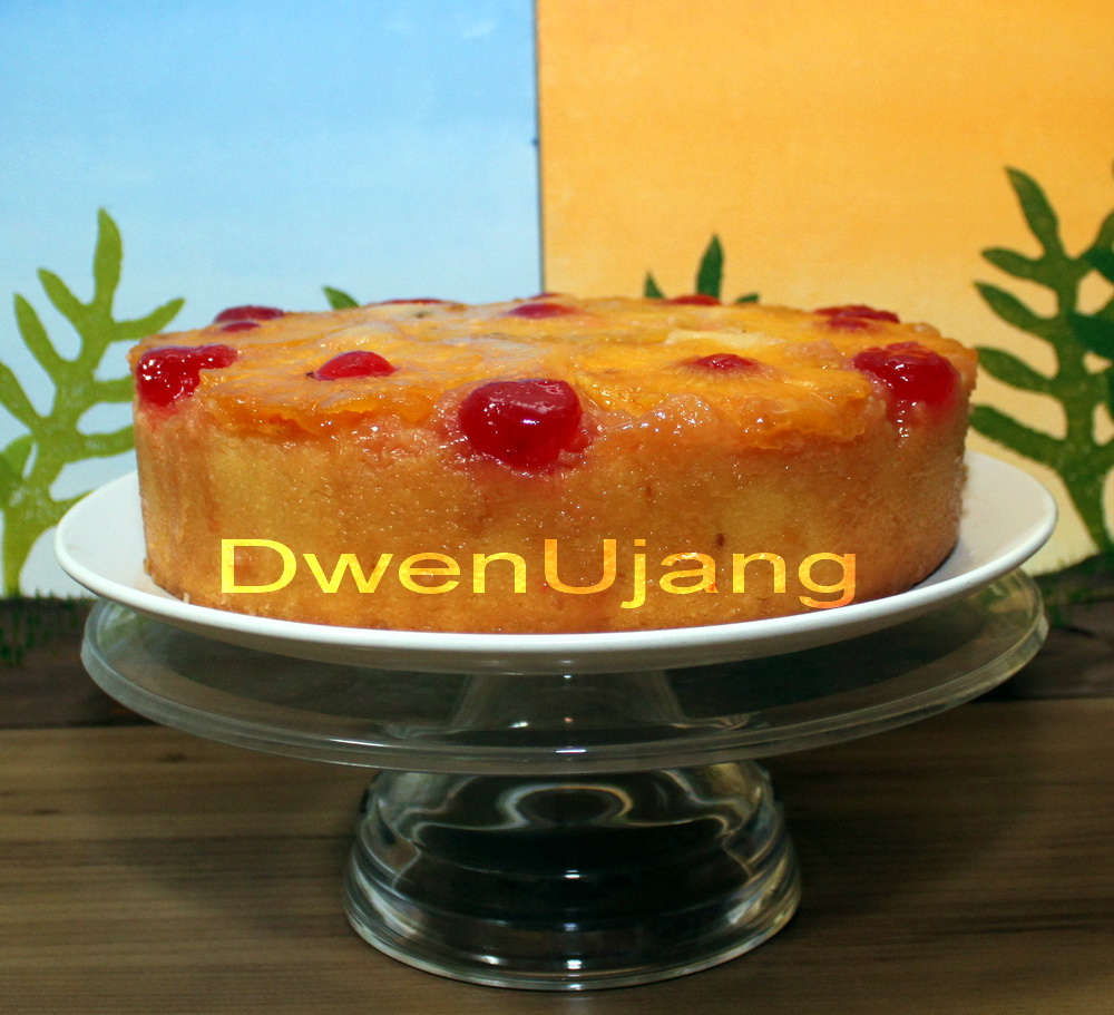 Dwen : The Cool Things I Love: Classic Cake: Pineapple