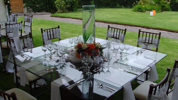 Eventos garay mesas de vidrio - Mesa de mimbre y cristal ...