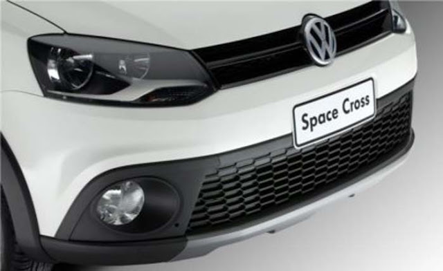 VW Space Cross 2012 - grade dianteira