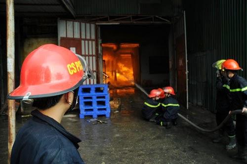 Diana ở Hà Nội đột nhiên bốc cháy