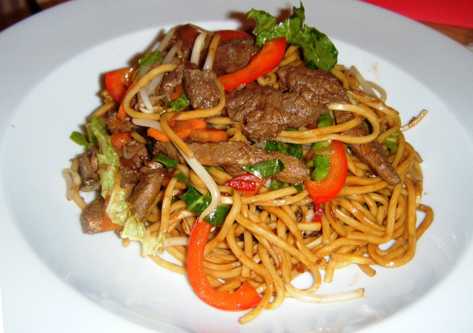 the Best Recipes: Stir Fried Beef with Egg Noodles