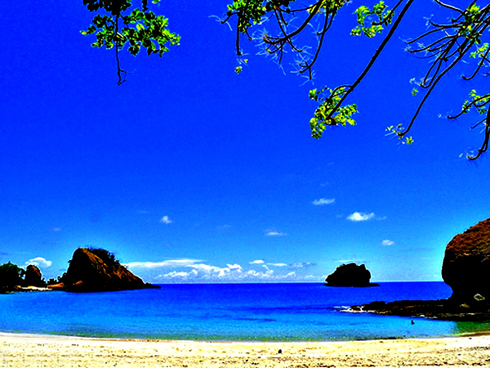 Flores Beach
