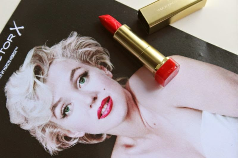 Max Factor Glam Jan Free Lipstick