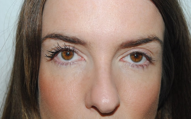 rimmel+lash+accelerator+endless+mascara+review+1+coat