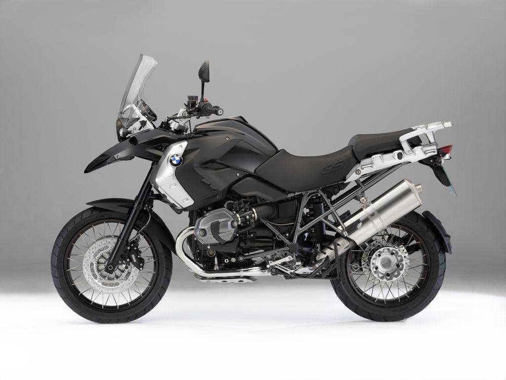 http://1.bp.blogspot.com/-rx5_Y9Iyk8A/TeJ4p0qo0nI/AAAAAAAAAR4/nEj5bKWIAEI/s1600/2011-BMW-R1200GS-Triple-Black-Motorcycle.jpg
